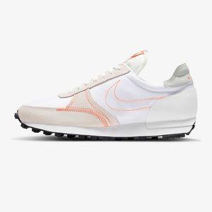 Nike Daybreak sneaker. New unworn